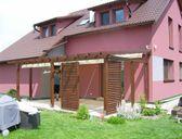 Náhled možného provedení | Nové typy zastřešení terasy - pergola ke zdi domu