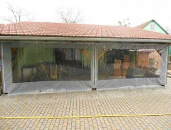 Průhledné výplně oken z PVC - zastínění pergoly