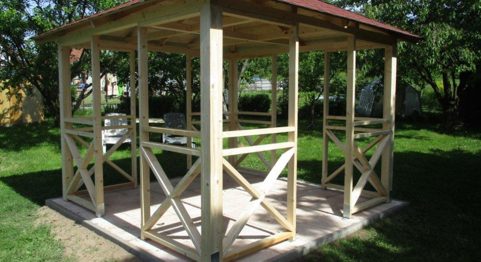 Dřevěný altán Vetas