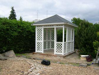 Zahradní altán mřížkový