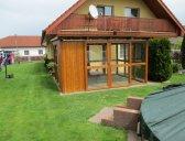 prosklený altán s pultovou střechou | Zahradní altán prosklený
