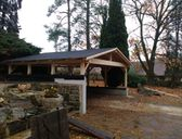 | Dřevěná dvojgaráž se sedlovou střechou